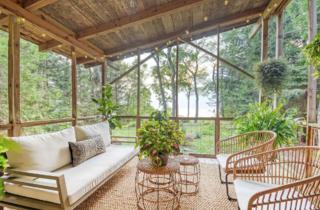 Third Coast Cottage Airbnb