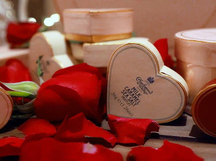Romantic Valentine's Day gift ideas under $500