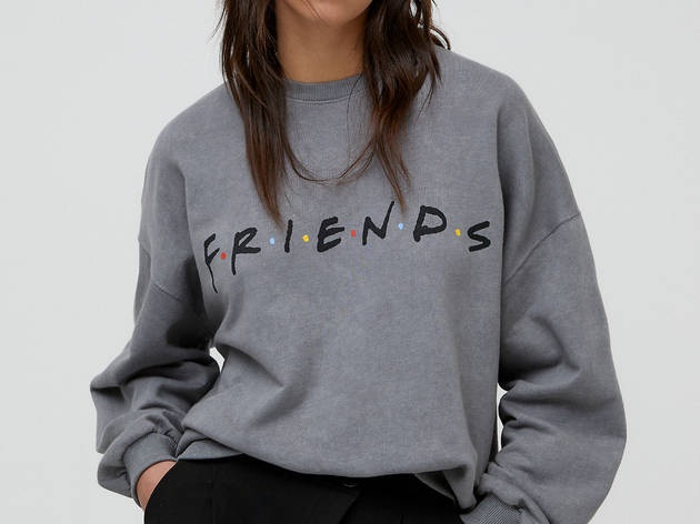 Friends x Pull & Bear