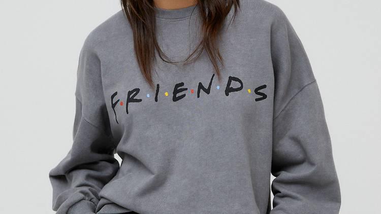 Friends x Pull & Bear