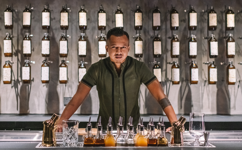 Penicillin bar, Agung Prabowo