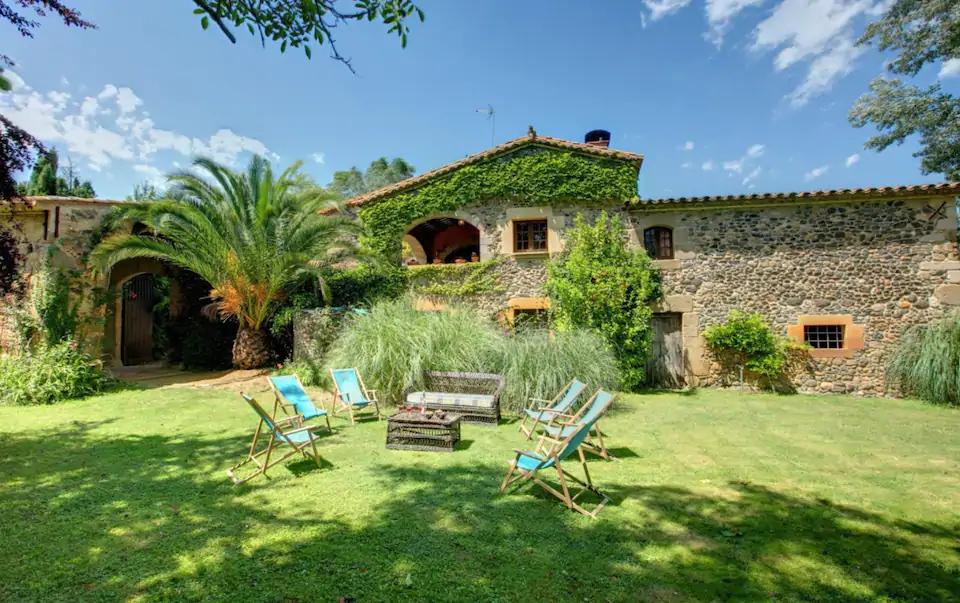 11 masías espectaculares para alojarse en grupo (¡y de lujo!) en Catalunya