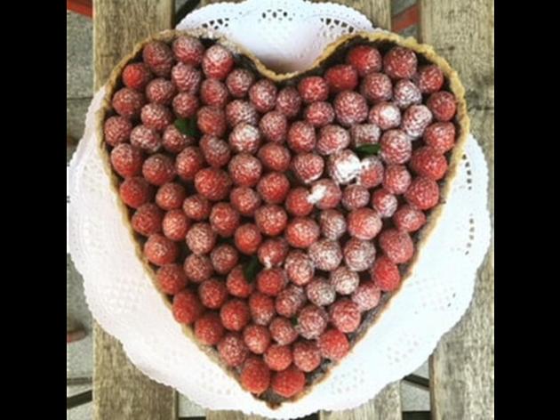 Pasteles en forma de corazón. Bó Pastissería