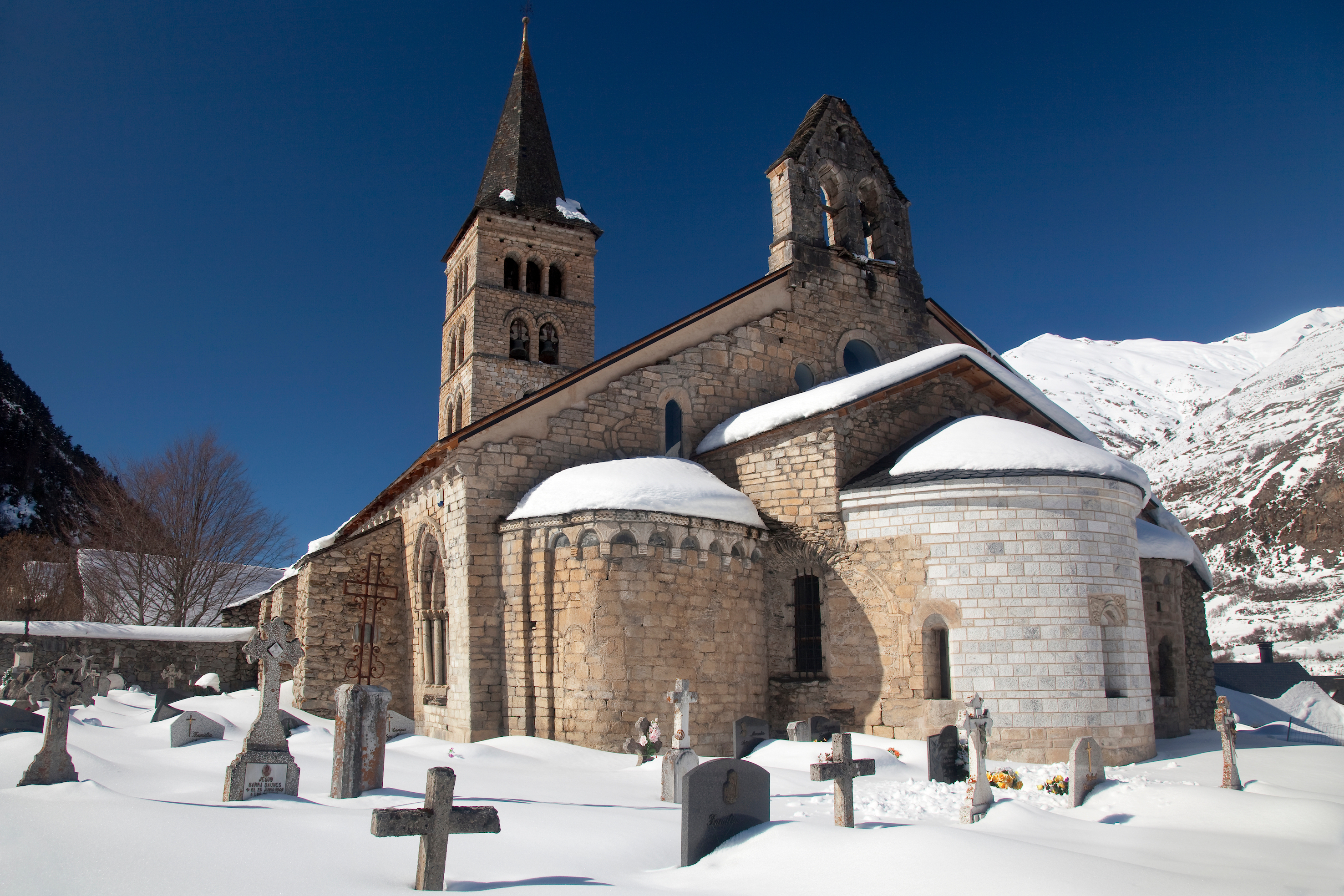 Artíes. Lleida paisaje nevado