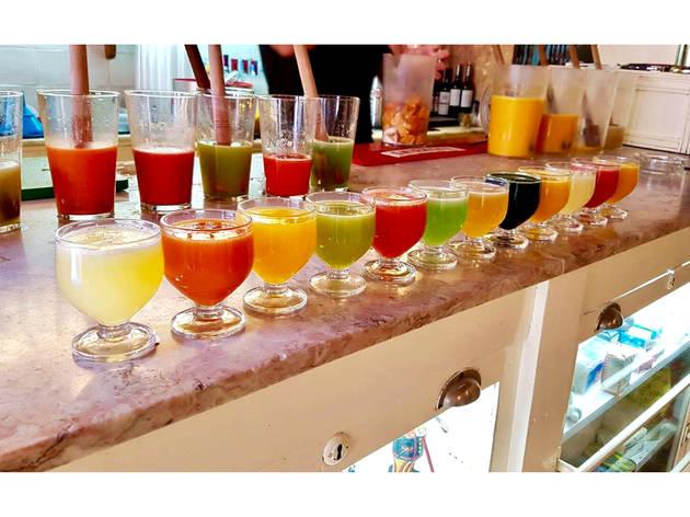 Cinco sítios para beber poncha na Madeira