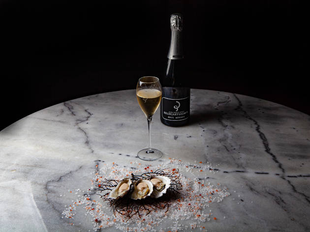 Hemingway's Wine Room oyster and Champagne Wednesdays