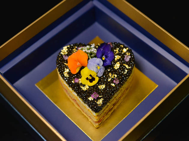 Royal Caviar Club Valentine's Day cake