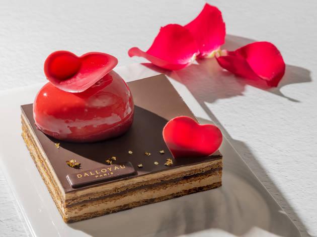 Dalloyau sweetheart opera cake