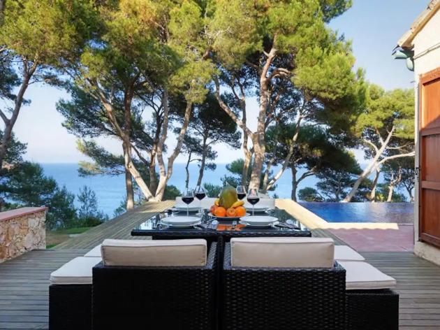 Airbnb, 15 alojamientos Costa Brava, 4