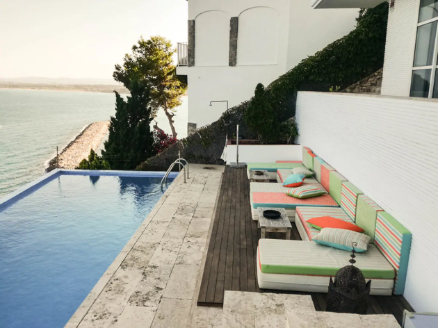 Airbnb, 15 alojamientos Costa Brava, 7