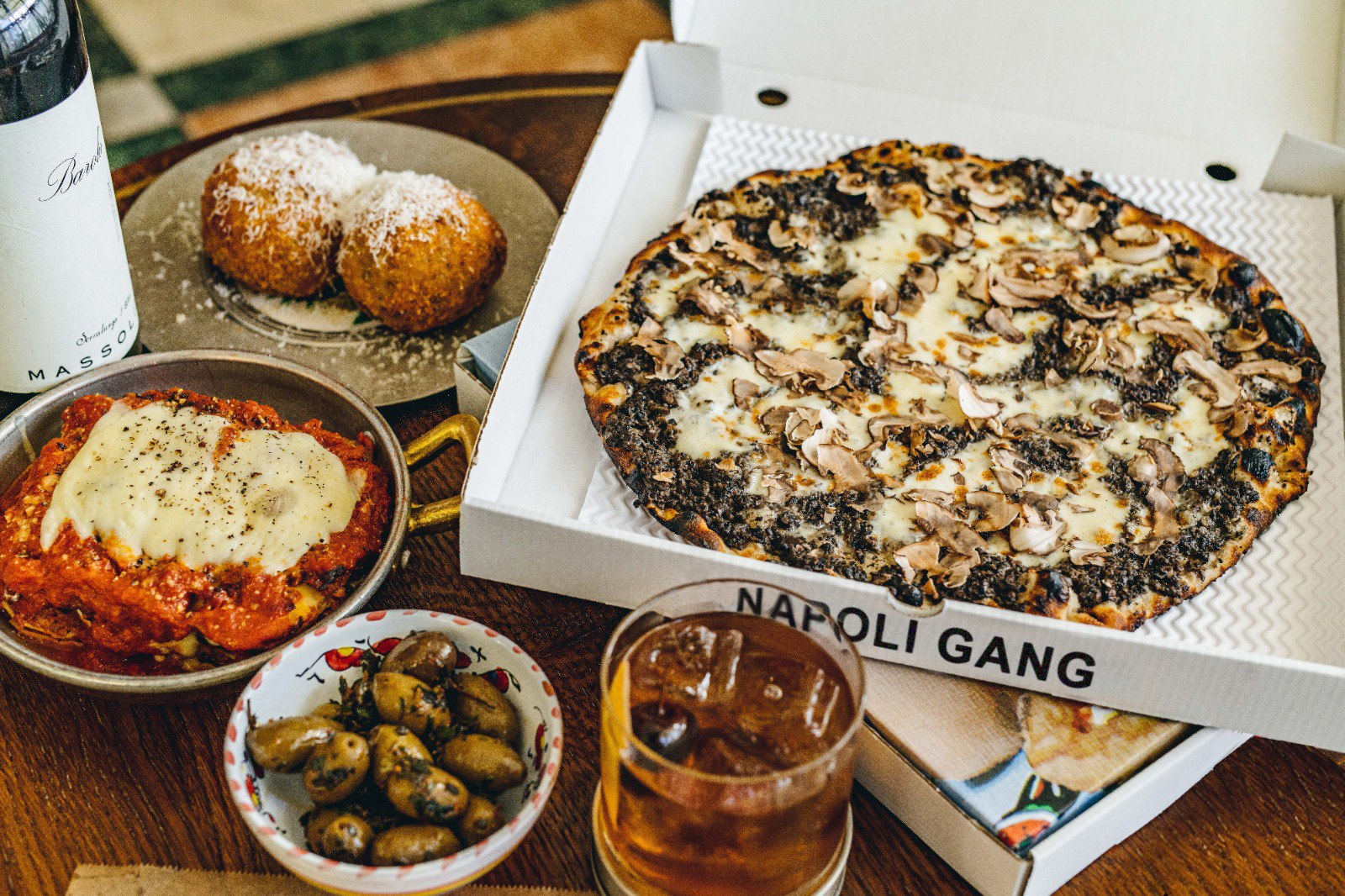 Napoli Gang pizza