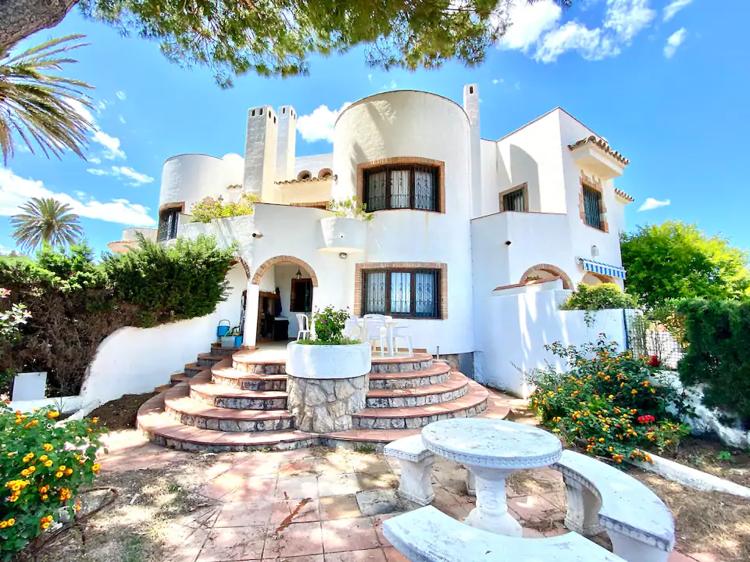 Bonita casa en Mont-roig Bahía