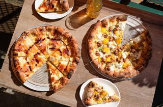Robert's Pizza