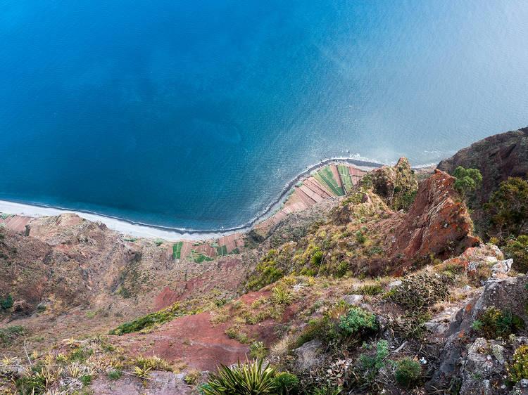 Subir ao Cabo Girão