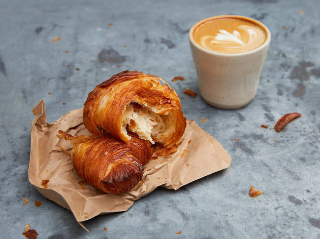 Big Jo bakery croissant and coffee
