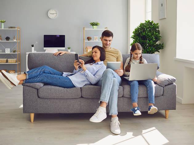 Família amb internet segura