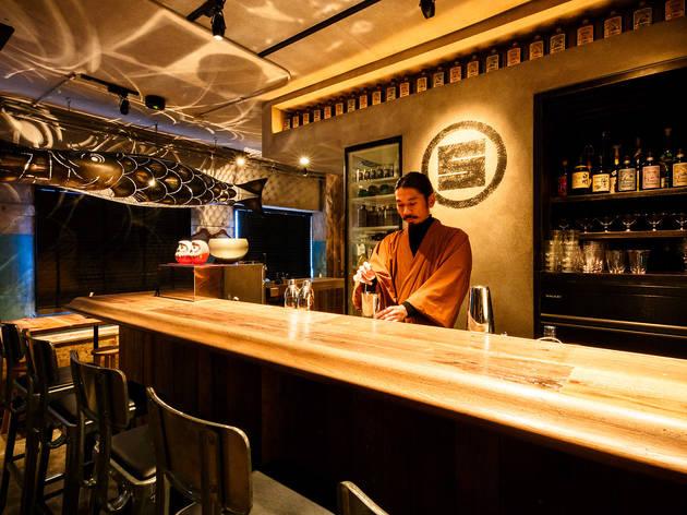 お通しはマティーニ、SGグループが手がけるカクテル居酒屋が誕生