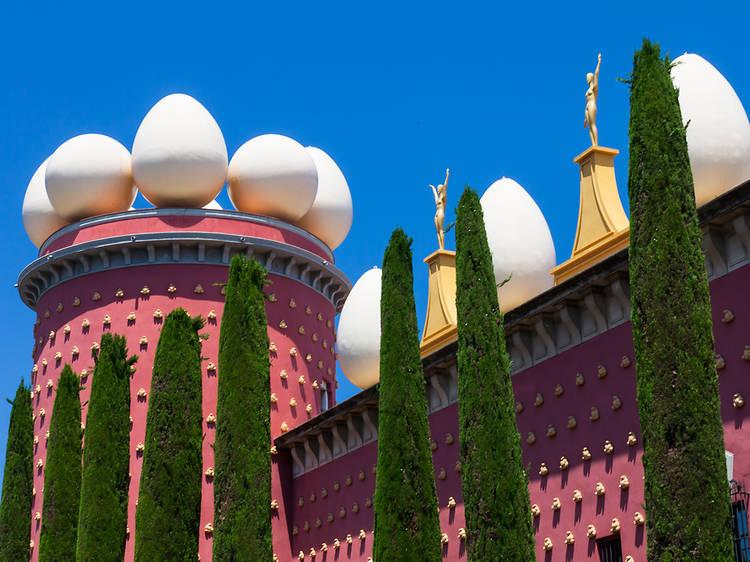 O al Museo Dalí