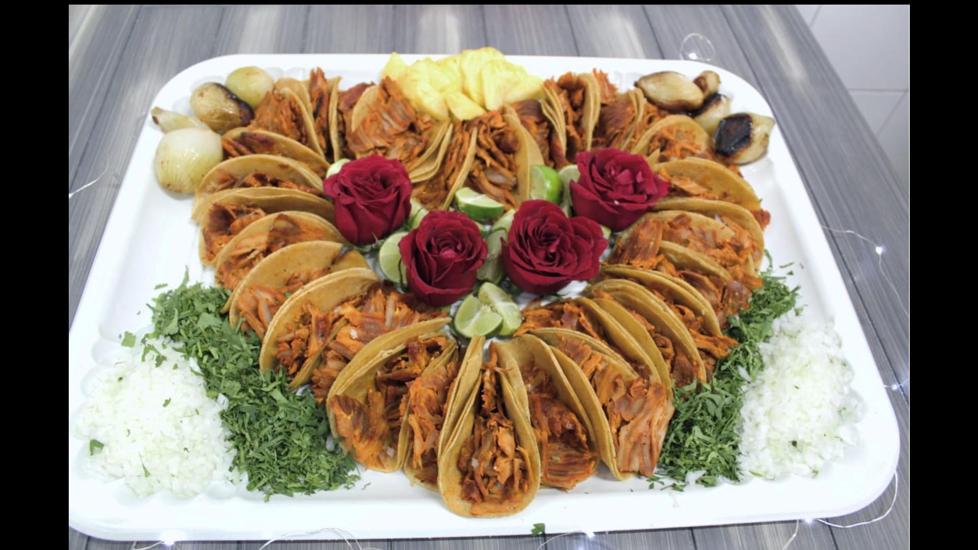 Roscas y ramos de tacos para festejar el 14 de febrero en la CDMX