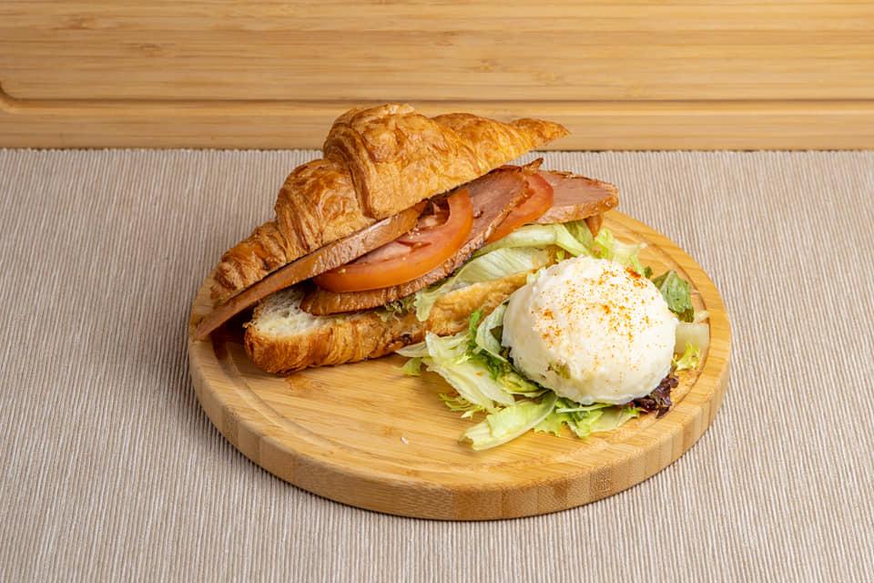 Reineckea Vegan Cafe
