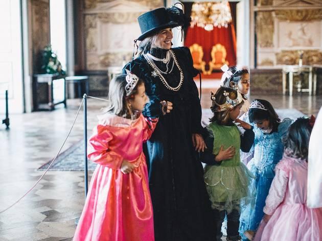 A Rainha no Palácio da Ajuda