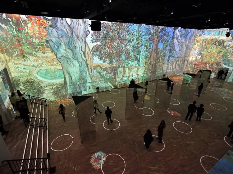 Take a look inside of 'Immersive Van Gogh'