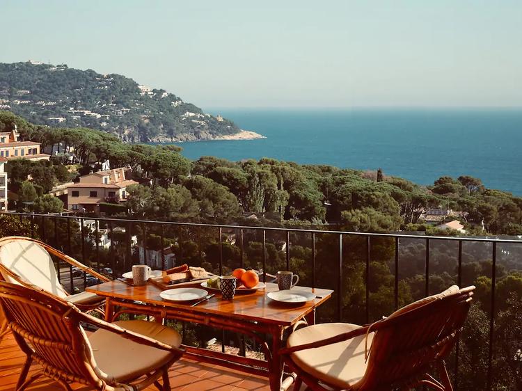 Vistas de altura al Mediterráneo desde Palafrugell