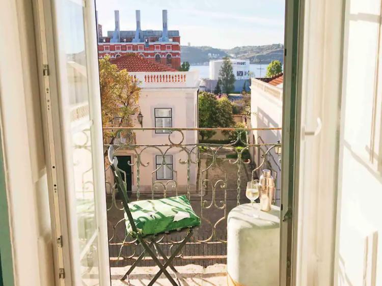 Elegant two-bedroom apartment, Belém