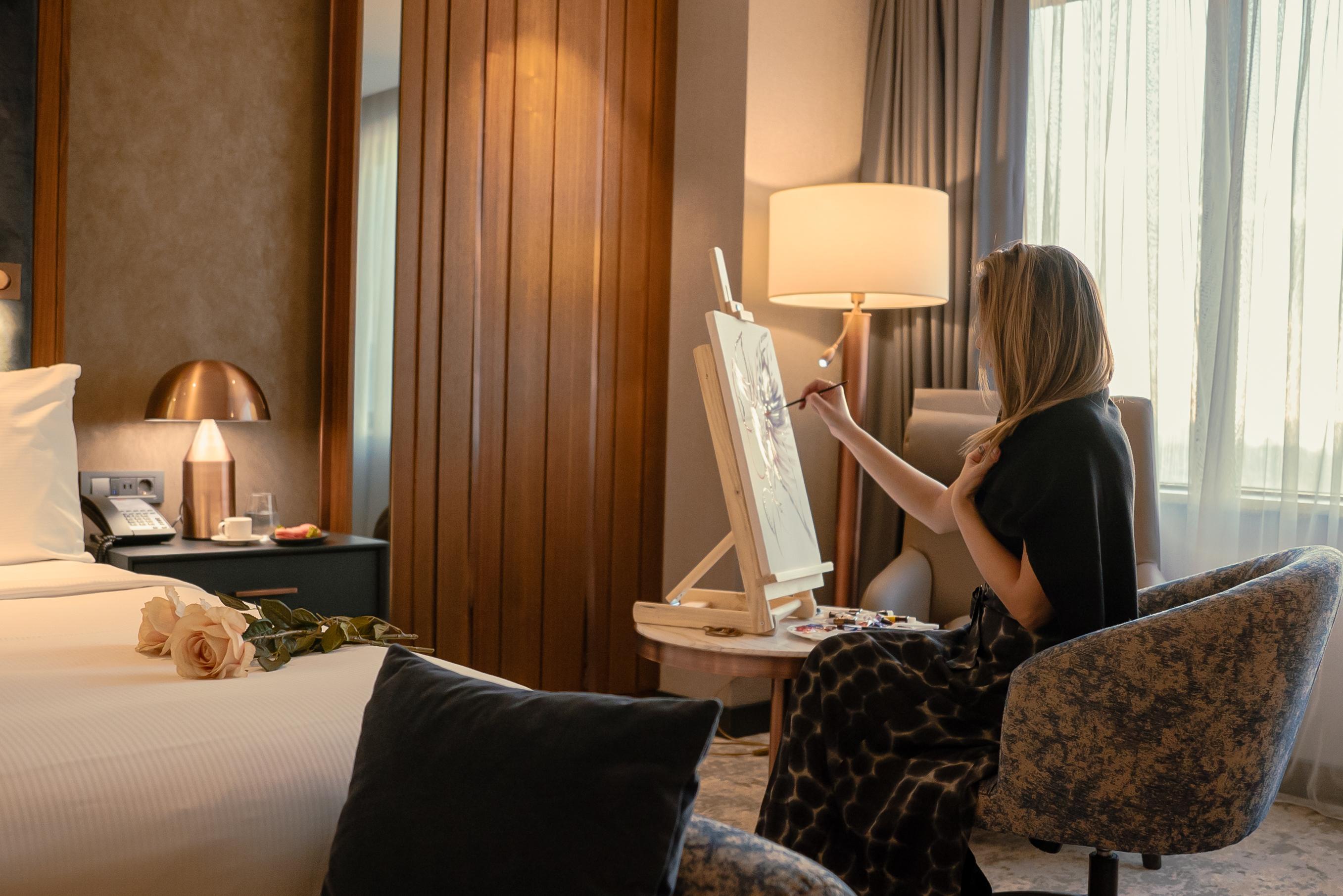 Hilton Istanbul Maslak, Sevgililer Günü'nde sevgiyi sanata dönüştürüyor
