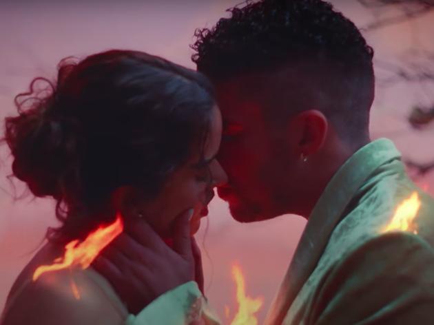 Rosalía y Bad Bunny publican el videoclip de 'La Noche de Anoche'