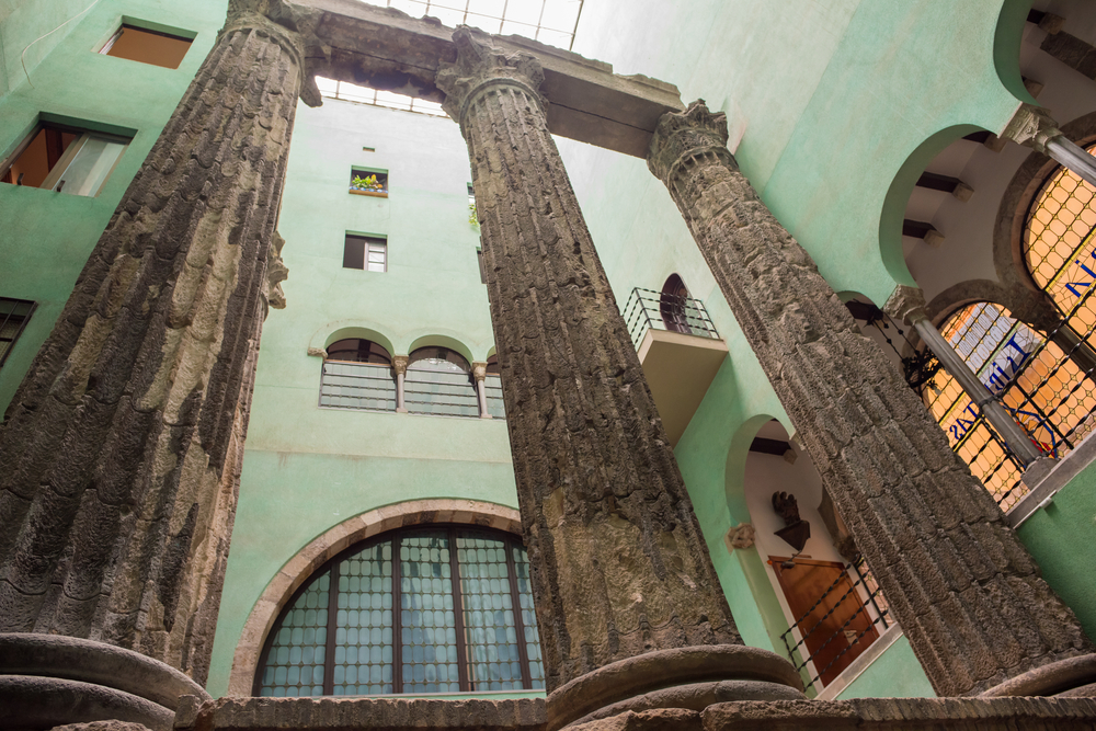 Columnes d'August, Barcelona