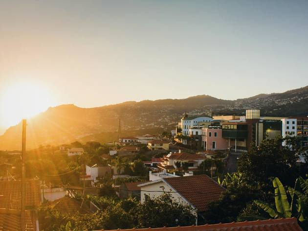 Cinco sítios para ver o pôr-do-sol na Madeira