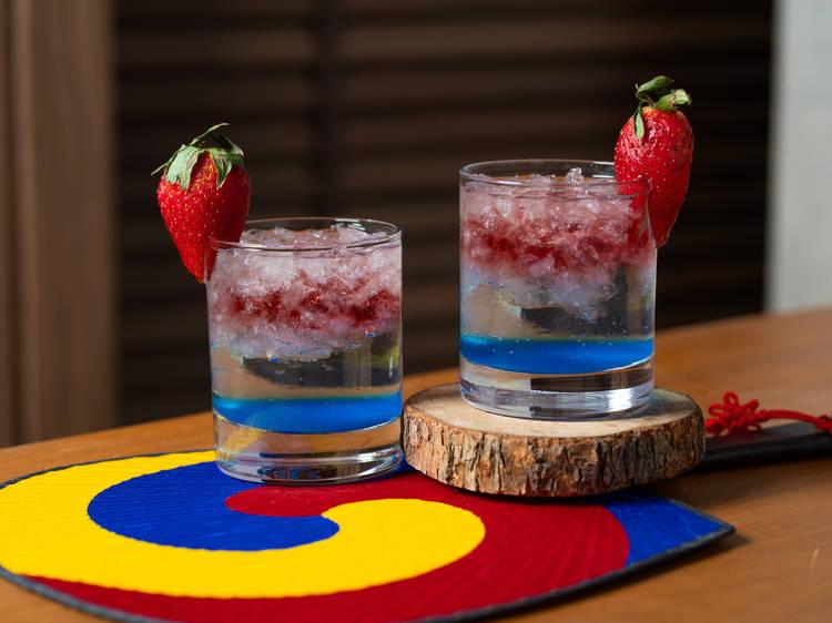 Tequila con frutos rojos