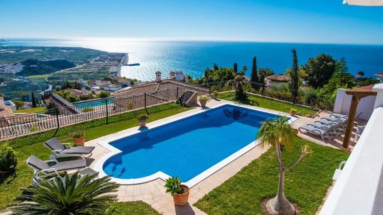 Airbnb, top casas con piscina y encanto en la península