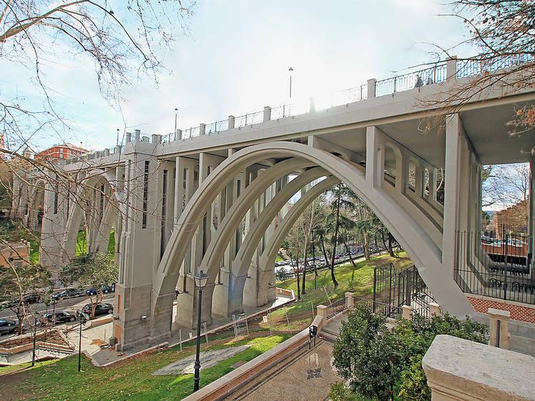 El viaducto de los suicidas