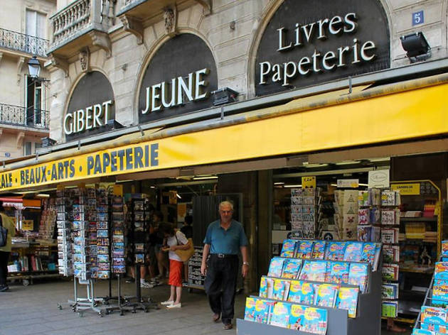A Paris,  4 des 6 magasins Gibert Jeune du 5e et du 6e arrondissement vont fermer