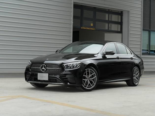Mercedes-Benz E-Class ดีไซน์ใหม่ มาพร้อมเครื่องยนต์ 3 ทางเลือก ราคาเริ่มต้น 3.19 ล้านบาท