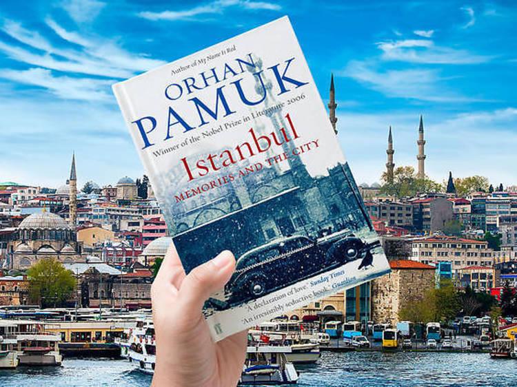 Estambul: 'Memories and the city'de Orhan Pamuk
