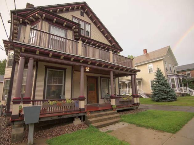 Downtown Suite burlington vt airbnb
