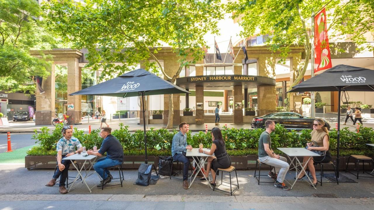 Underwood Lane café outdoor dining