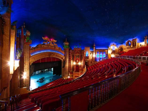 Un cine de Barcelona, entre los más bonitos y espectaculares del mundo