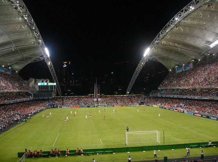 提升足球場設施五年計劃