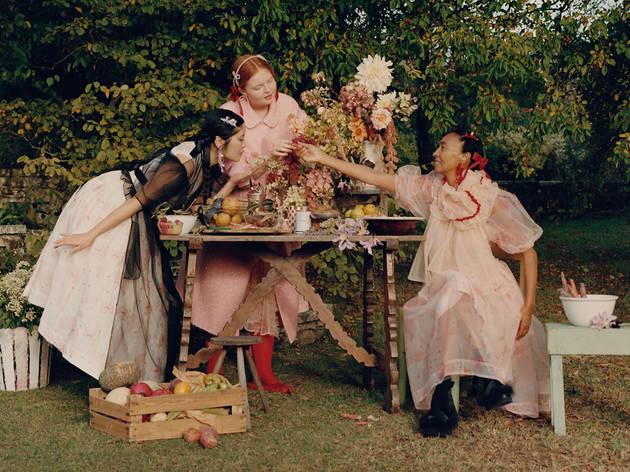白色情人節必買!H&M x Simone Rocha 完整聯乘系列打造英國貴族氣質