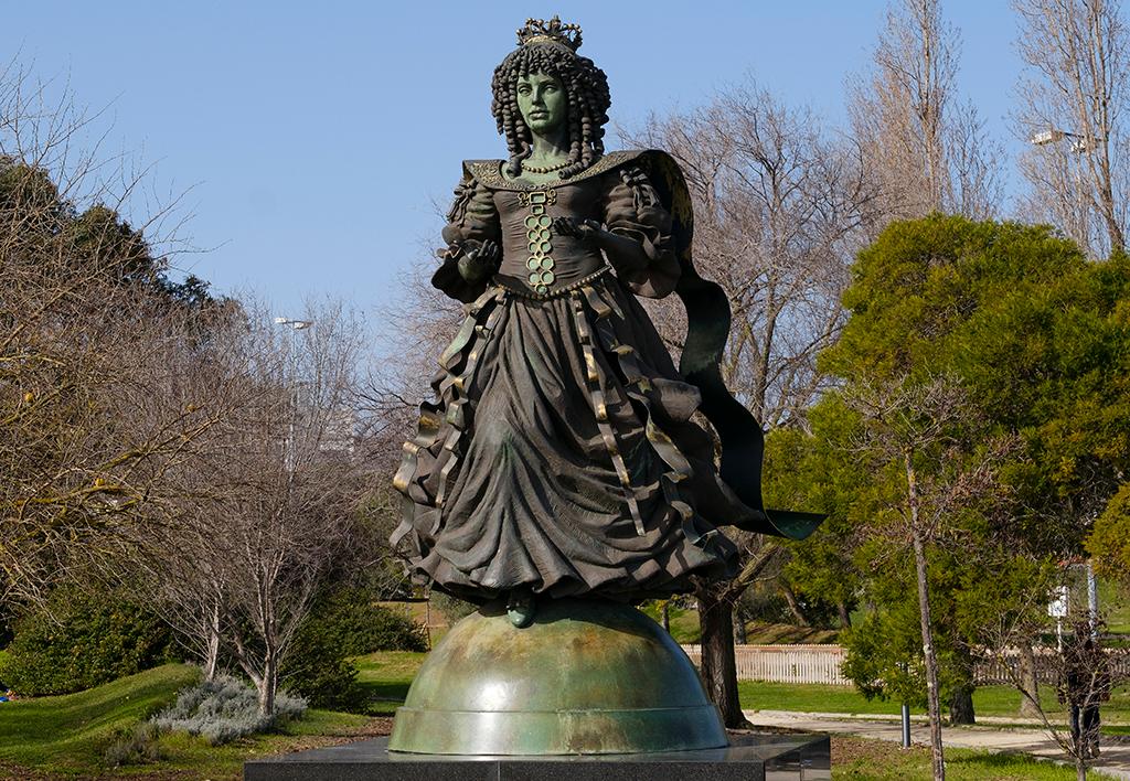 estátua Catarina de Bragança