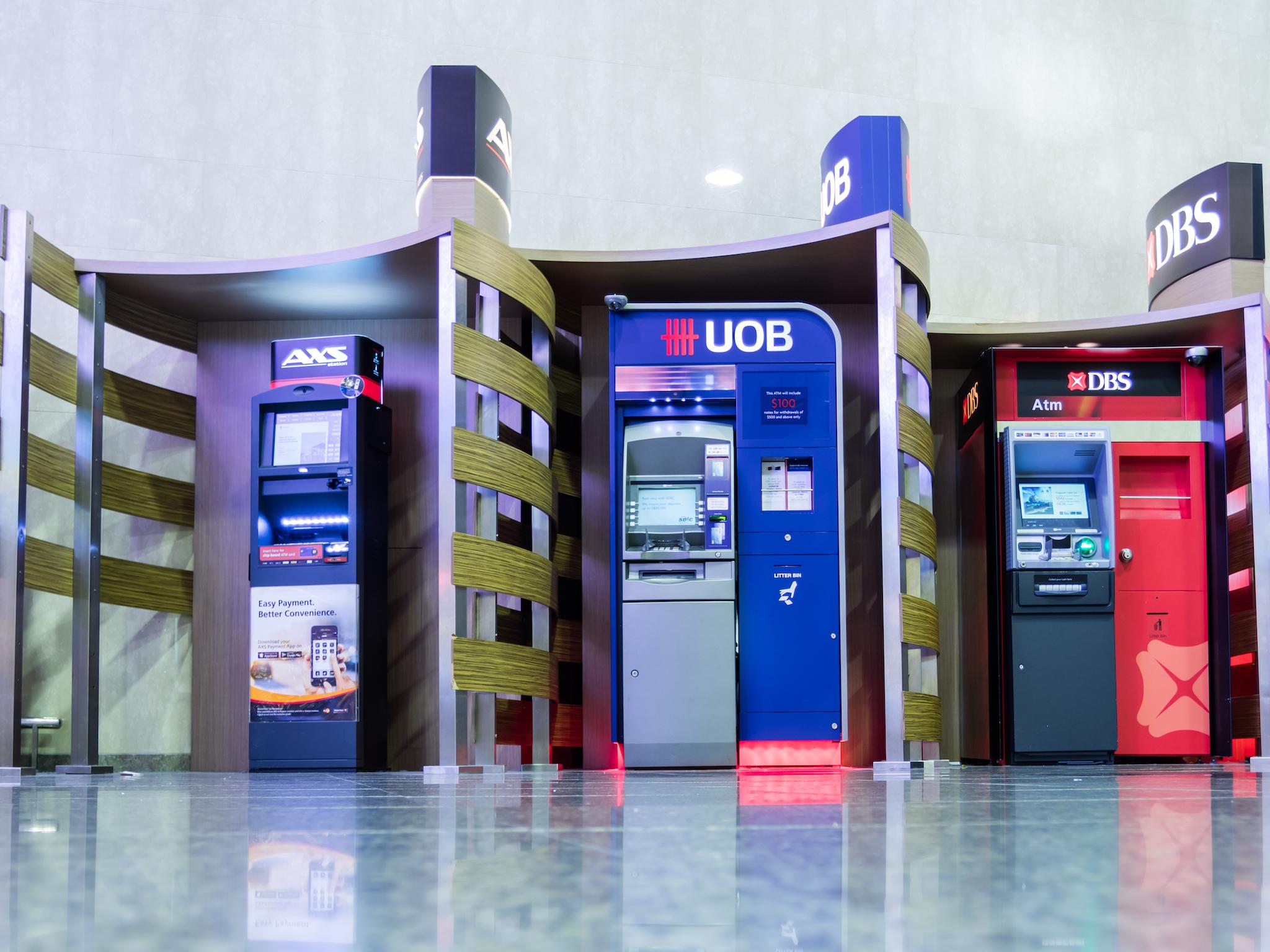 AXS, ATM