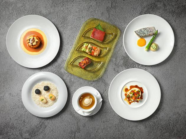 Mira Dining