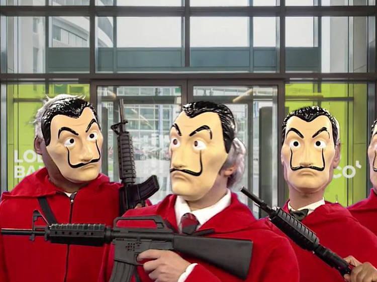 Acompanhe todos os episódios desta sátira política e social na televisão do MEO