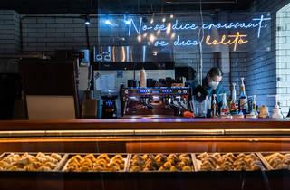 Lolo's croissant bar