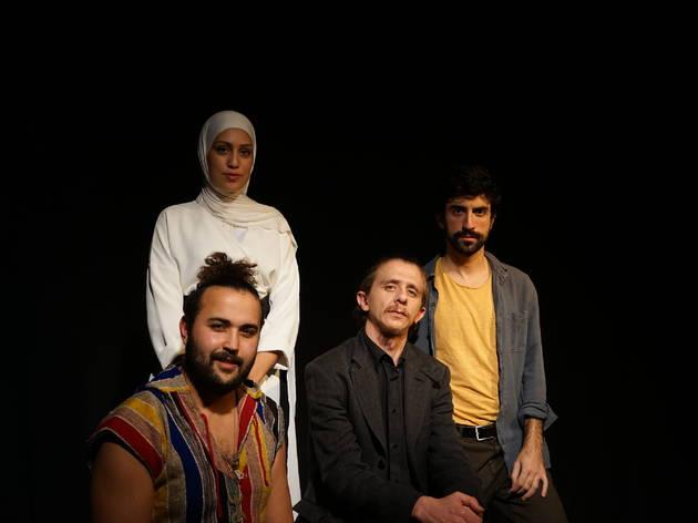 Khaled: camí de refugi
