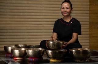 Mandarin Oriental, Hong Kong singing bowl experience